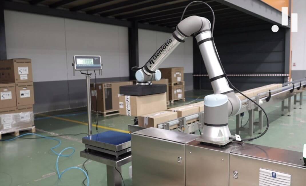 Beneficios de automatizar el paletizado de cajas con robots colaborativos