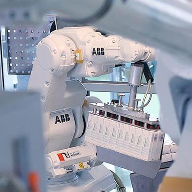 Encajado ABB en Geniotic Solutions